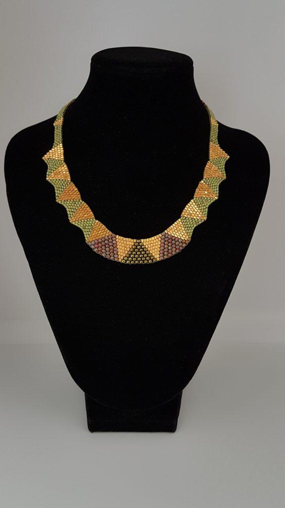 collier en perles de verre
