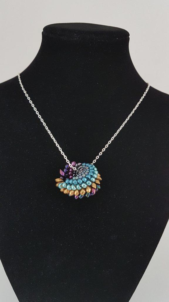 perles de verre multicolores