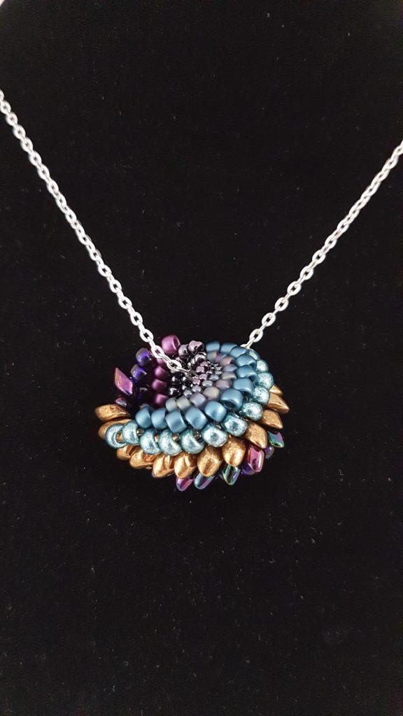 pendentif en perles de verre